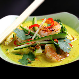 Paleo Thais chicken & prawn laksa