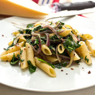 Pasta With Collard Greens and Onions