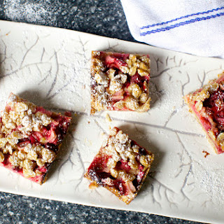 Strawberry-Rhubarb Crisp Bars
