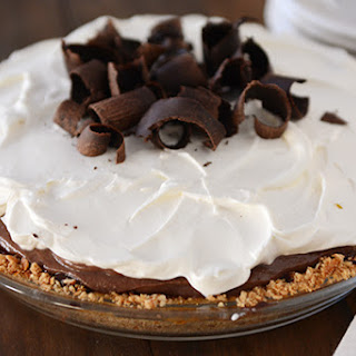 Chocolate Pudding Pretzel Pie