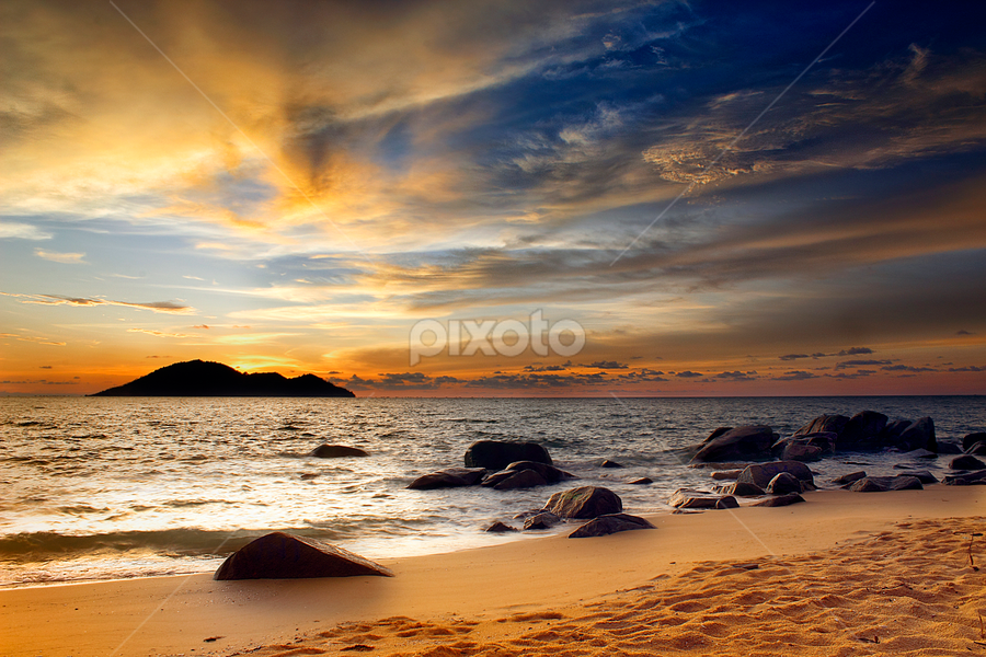 quiet sunset by Dany Fachry - Landscapes Beaches ( indonesia, sea, beach, seascape, westborneo )