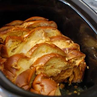 Slow Cooker Vanilla Bean & Almond French Toast