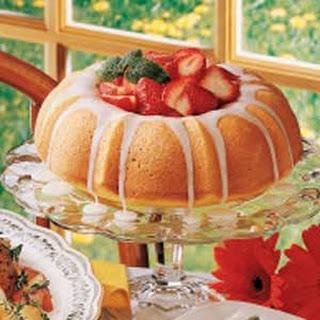 Berry-Filled Lemon Cake.