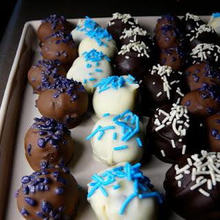 3 Chocolate Cake Balls