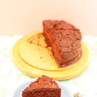 Eggless Chocolate Ganache Cake.
