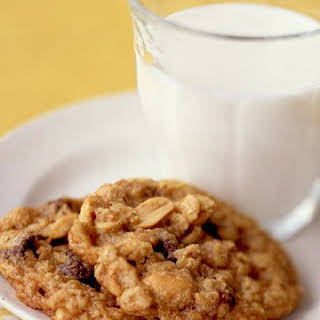 Peanut Butter-Chocolate Chip Oatmeal Cookies.