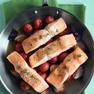Salmon with Potatoes and Red Onions.