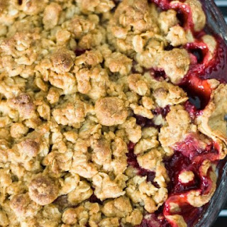 Vanilla Plum Crumble Pie