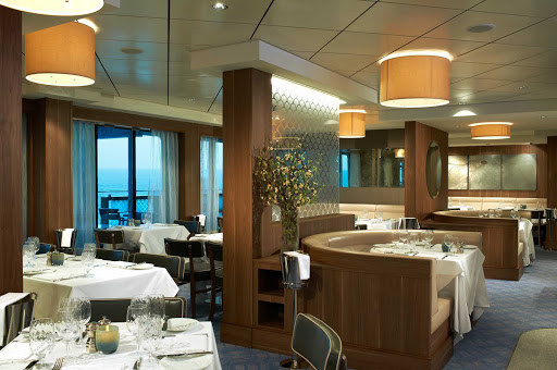 Norwegian-Breakaway-Ocean-Blue - Guests will love the elegant dining experience in Ocean Blue, the brainchild of renowned chef Geoffrey Zakarian.
