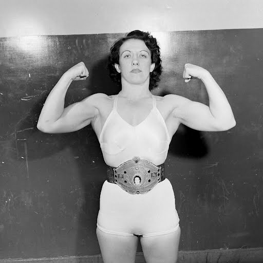 Women Wrestlers (Mildred Burke) - Myron Davis — Google Arts & Culture