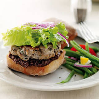 French Tuna Burger with Green Bean Salad.