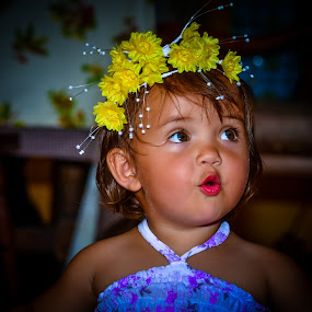 Kiss kiss, Love love. by Morrie Lorena - Babies & Children Toddlers ( kiddie shoot,  )