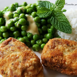 """Comfort Food """"Bom Petisco""""/Tuna Patties with Peas in Butter and Mint"""