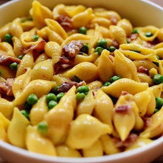 Shells & Cheese (with Bacon & Peas).
