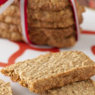 Ginger Pecan Oatmeal Crisps Recipe