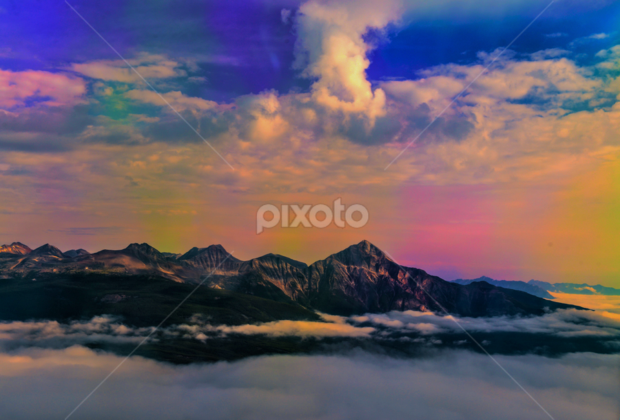 Sky View In Rocky Mountains by Joseph Law - Landscapes Cloud    Early Morning Sky Mountains