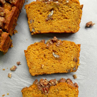 Vegan Maple Pecan Crumble Pumpkin Bread