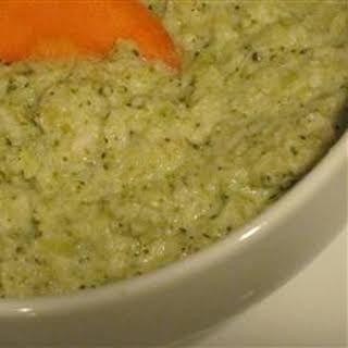 Brocomole Dip.