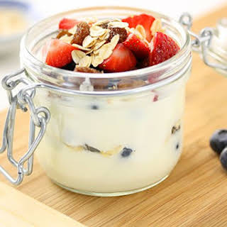 Yogurt Berry & Oat Breakfast Trifle.