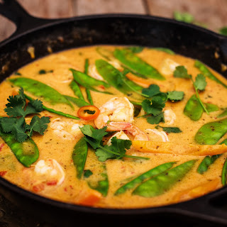 Thai Red Curry with Prawns and Snow Peas.