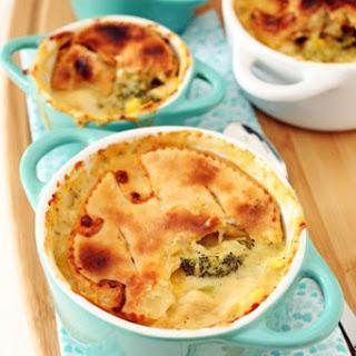 Chicken, Broccoli & Cheddar Pot Pies