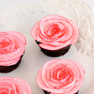 Fudgy Chocolate Cupcakes with Two-Tone Roses