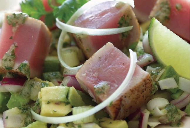 Avocado and Seared Tuna Steak Salad Recipe