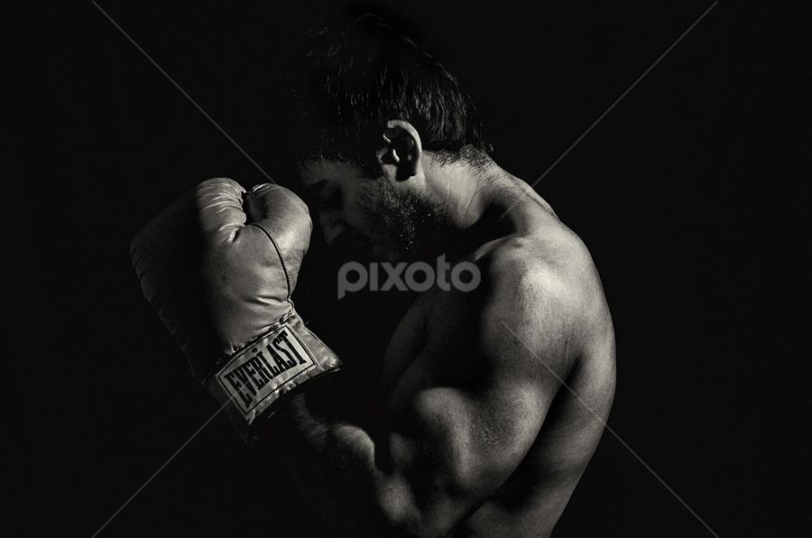 Endurance by Jack Michael - Black & White Portraits & People ( everlast, jack, jackmichaelphotograpy, photographer, tough, boxing, chennai, black&white, bodyart )