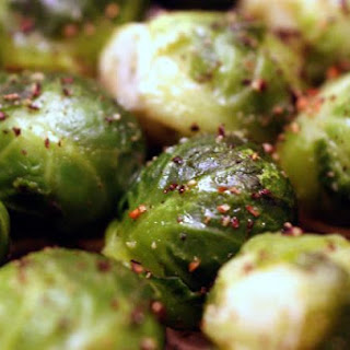 Easy Oven-Roasted Brussels Sprouts with Balsamic Vinegar