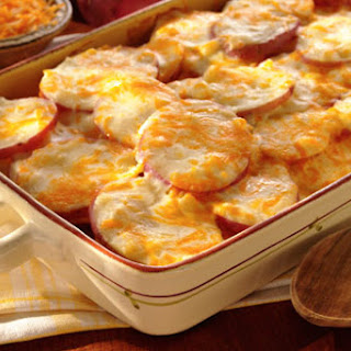 Scalloped Potatoes with Cheese.