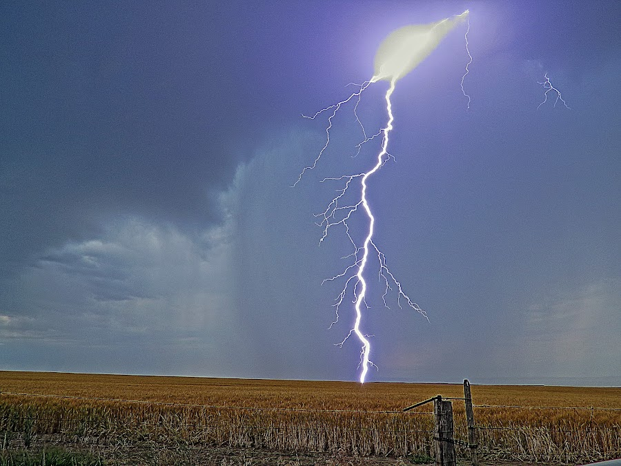 Close Strike by Dan Berry - Landscapes Weather (  )