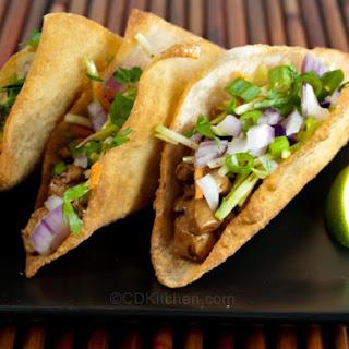 Copycat Applebee's Wonton Tacos.