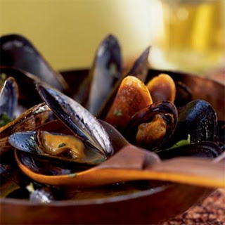 Mussels in Red Curry Broth.