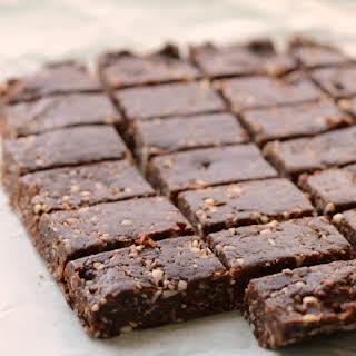 Healthy No-bake Snack Bars.
