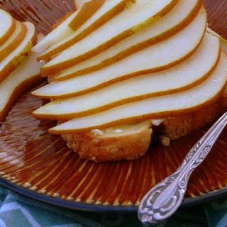 Cinnamon Swirl Toast with Pears and Mascarpone