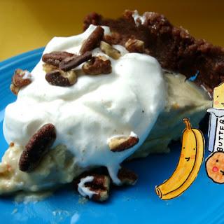 Banana Cream Pie in a Chocolate Peanut Butter Cookie Crust
