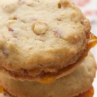 Almond-Apricot Sandwich Cookies Recipe