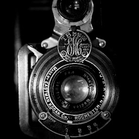 ... by Daniel Gaudin - Black & White Objects & Still Life ( old, black and white, art, camera, photography,  )