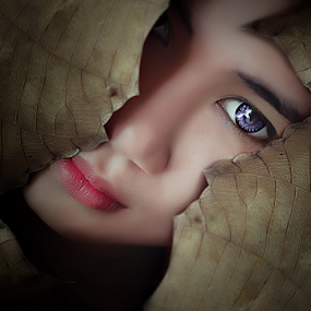 MY EYE  by Octavianus Rio Herliawan - People Portraits of Women