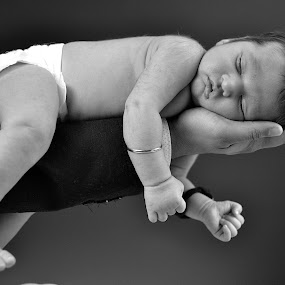 Sleeping baby by Ankit Gupta - Babies & Children Babies