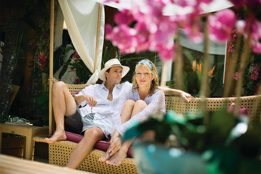 Norwegian-Jade-Haven-couple - Spend time with your honey in a private courtyard with a garden setting if you sign up for The Haven during your Norwegian cruise.