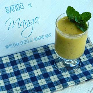 Batido de Mango with Chia Seeds & Almond Milk