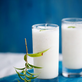 Vietnamese Custard Apple (or Soursop) Smoothie
