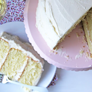 Vanilla Cake with Vanilla Buttercream Icing