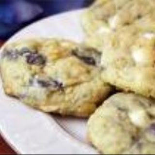 White Chocolate and Blueberry Cookies Recipe