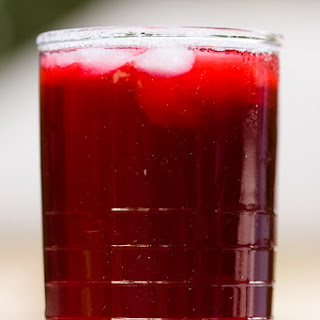 Hibiscus Tea – Brewed at Home From Dried Hibiscus Flowers.