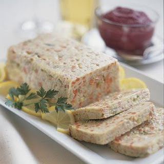 Gefilte Fish Loaf with Beet-Horseradish Cream Recipe
