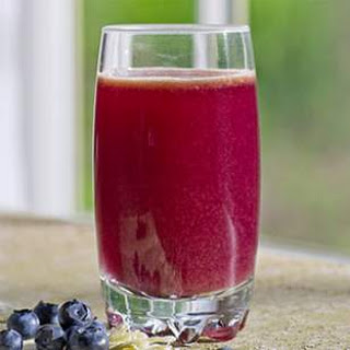 Blueberry-Cabbage Power Juice.