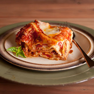 Red Pepper and Fresh Mozzarella Lasagna