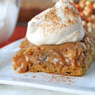 Ooey Gooey Caramel Pumpkin Blondies {with Chocolate and Walnuts}
